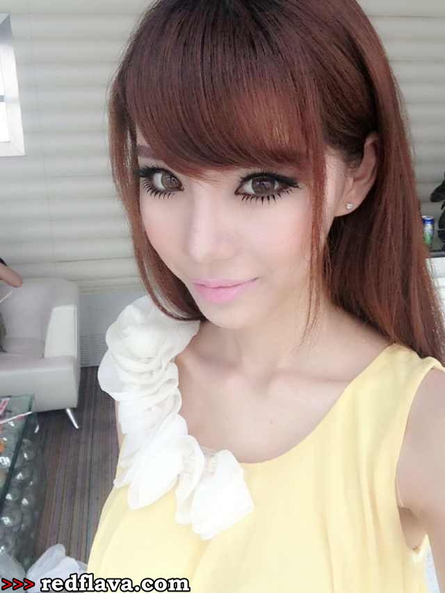 Han Zi Xuan - em gái Tung Của nhẹ nhàng - Đánh bài 188