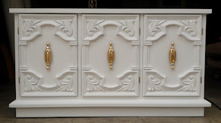 white lacquer console, white and bright gold, gilded hardware, vintage console