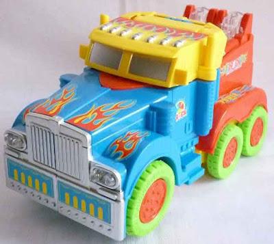 Gambar : Mainan Anak Robot Mobil