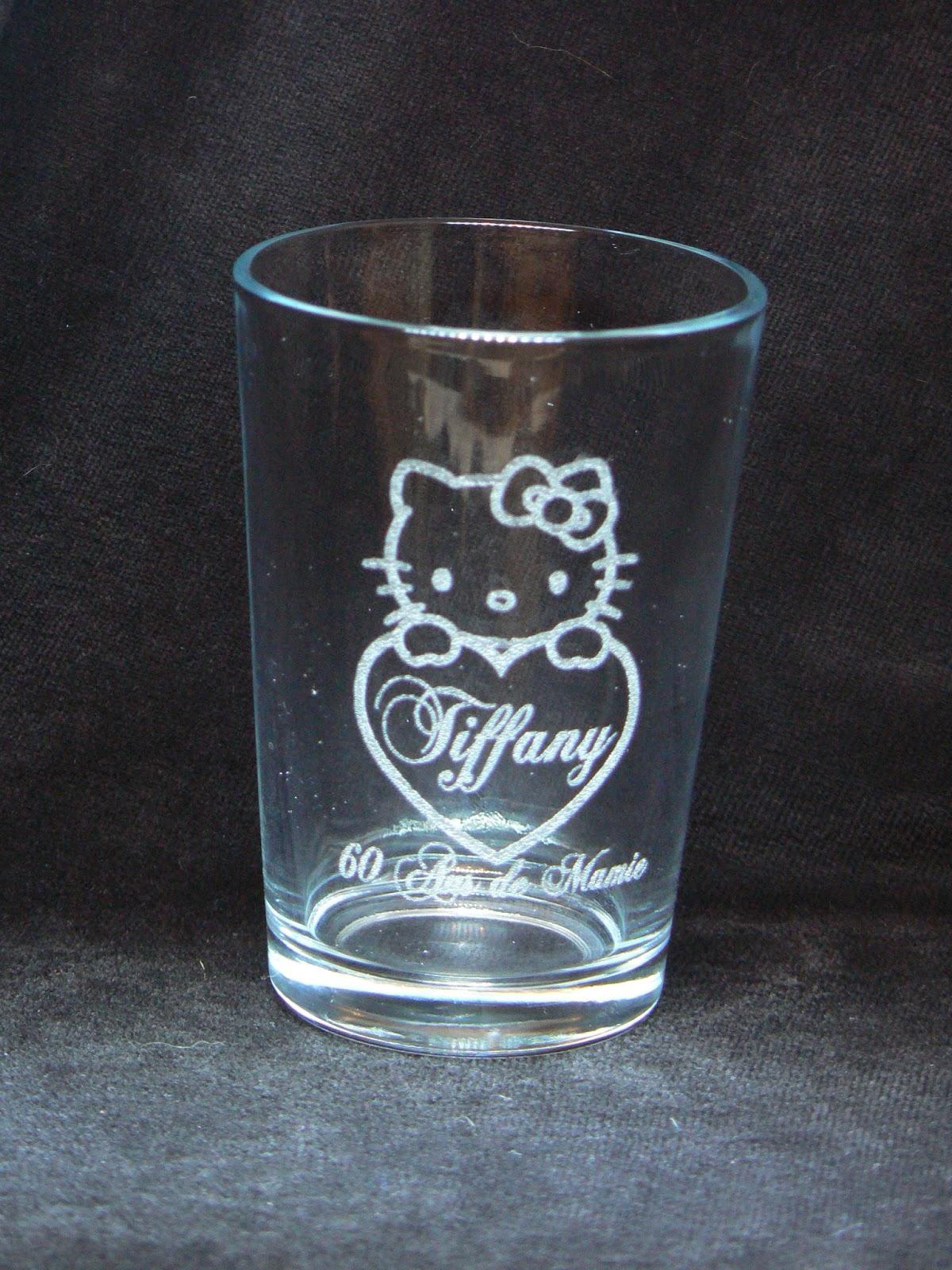Gravures Sur Verre à 5 euros verre gravé, verre gravé pour enfant, verre gravé reine des