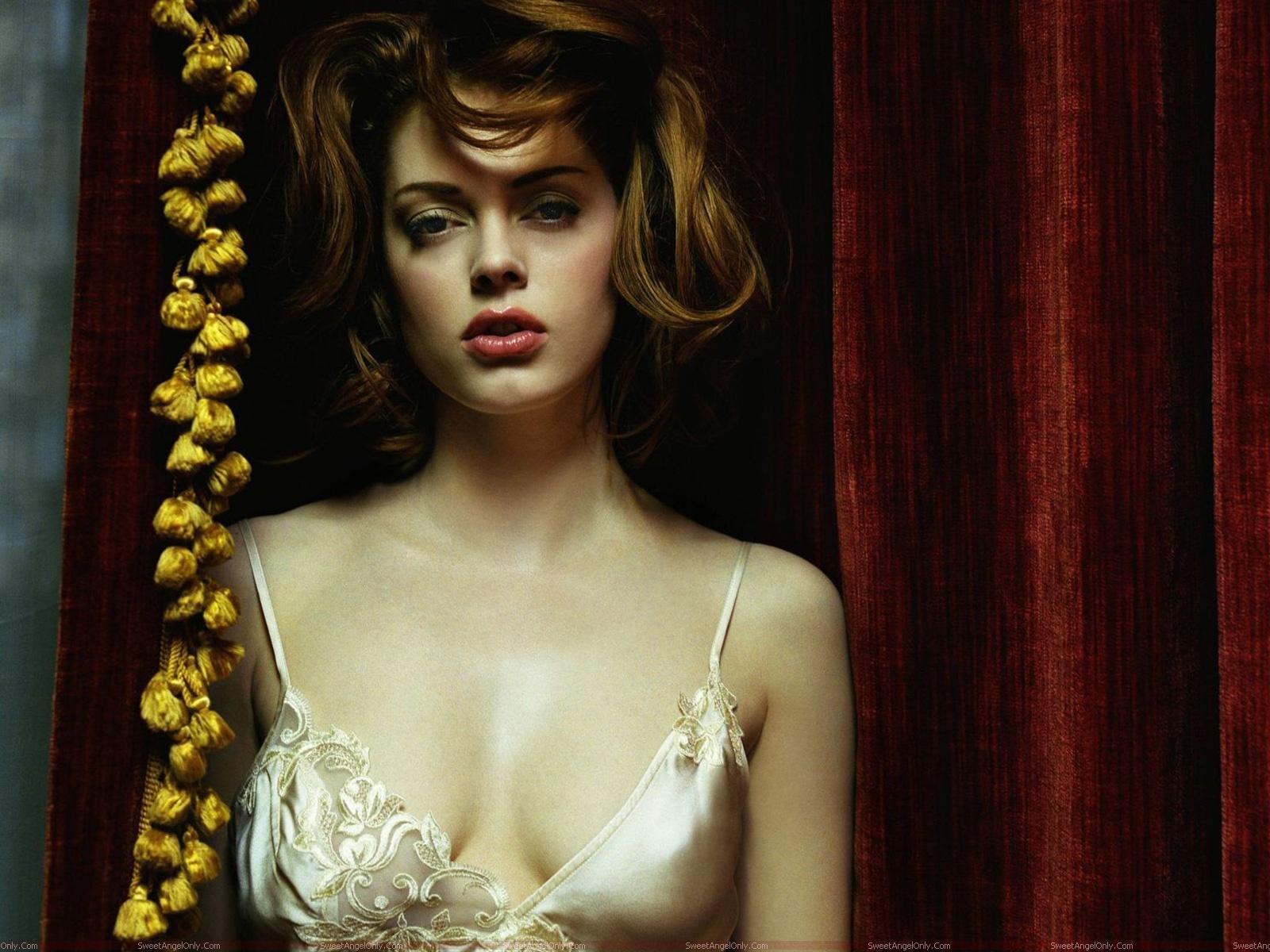 http://1.bp.blogspot.com/-g7YCPr6z1Jg/TjQe_e1VbrI/AAAAAAAAIGI/zP3ZL0kMktY/s1600/rose_mcGowan_hollywood_actress.jpg