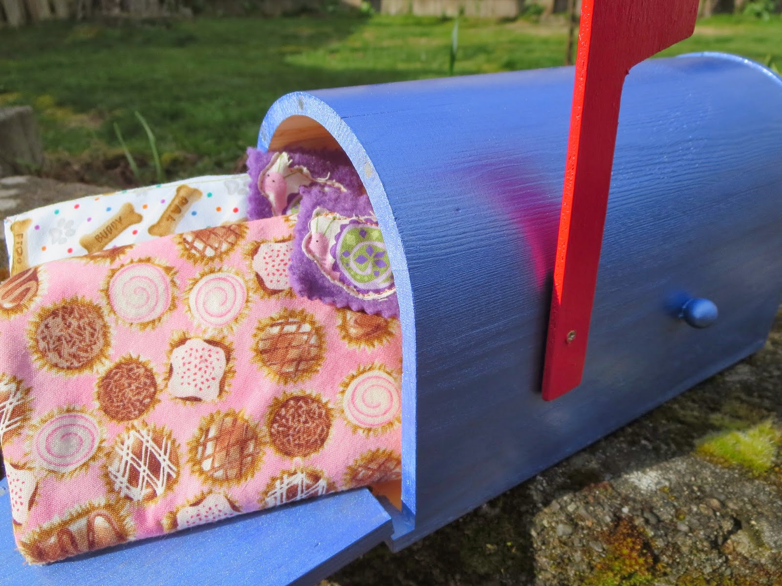 fresh crafts blog - play mailbox