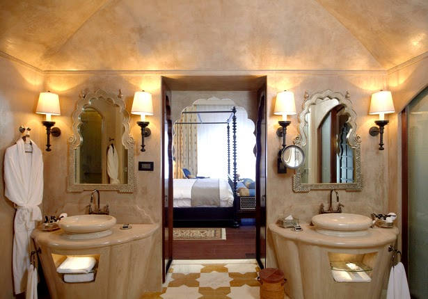 Luxury Bathroom at Fairmont Hotel Jaipur