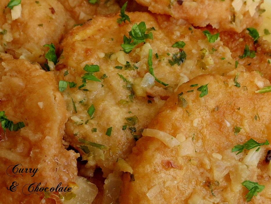 Patatas a la importancia con almendras