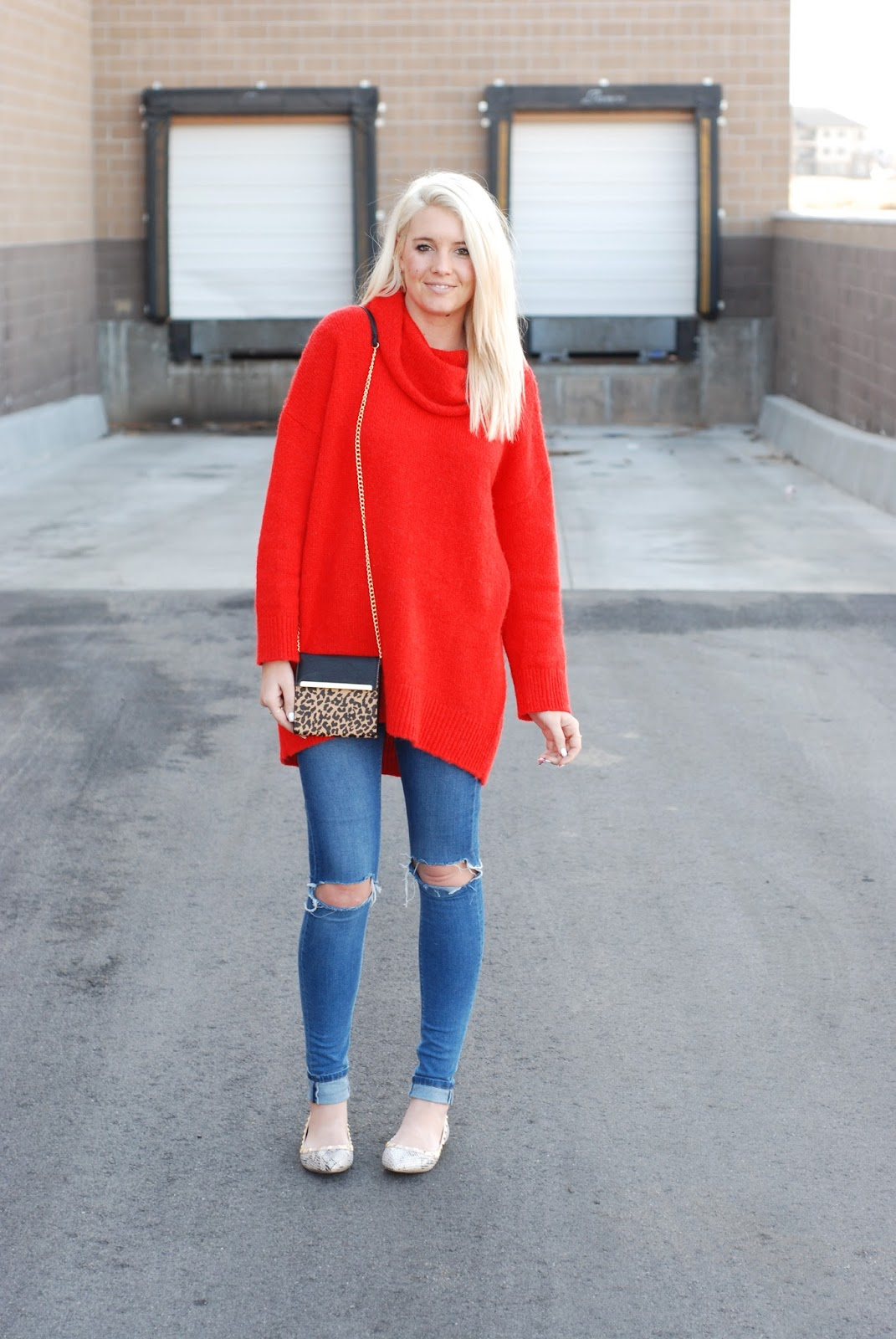 SUPERSIZE IT SWEATER STYLE | The Red Closet Diary