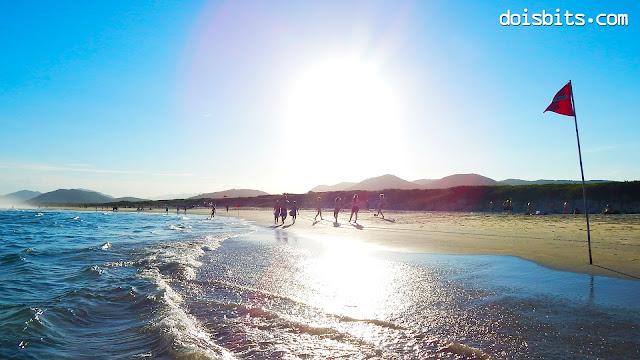 Sol na Praia da Joaquina - Florianópolis