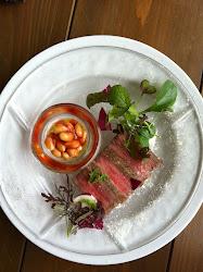 讃岐牛イチボ肉の冷製/中庭のベビーリーフと大豆のサラダ