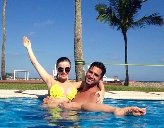 Latino confirma fim de seu casamento com Rayanne Morais