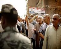 تقرير: اشتباكات اليوم الأول من جولة انتخابات الإعادة بين أنصار مرسي وشفيق