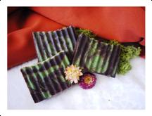http://www.szappanhab.hu/2015/02/choco-mint-csokis-szappan-mentaval.html