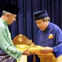 Sultan Nazrin Shah Dianugerah Darjah Kerabat Selangor