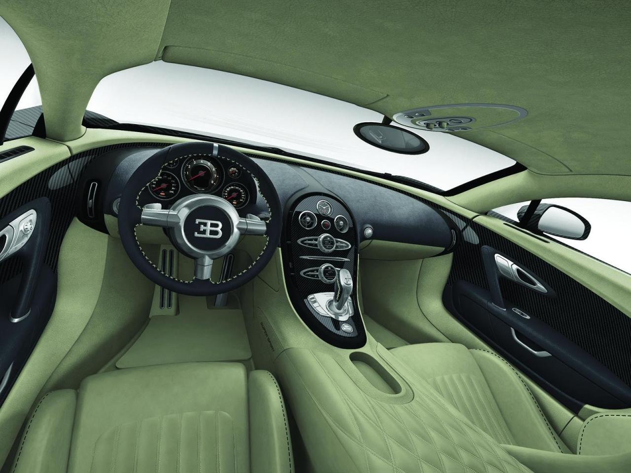 fast cars online bugatti veyron interior. Black Bedroom Furniture Sets. Home Design Ideas
