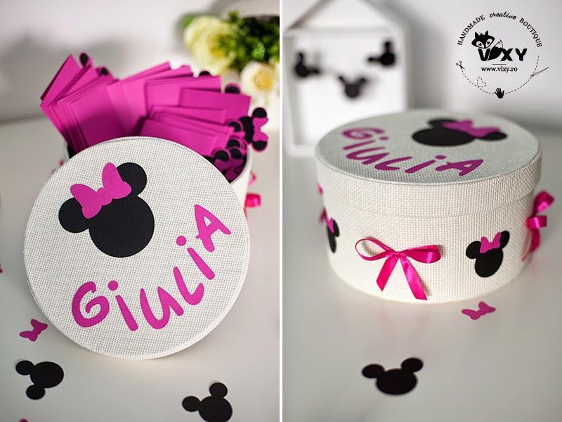 cutie personalizata Minnie, Minnie Mouse, cutie trusou Minnie, cutie dar Minnie Mouse, cutie trusou botez personalizata, botez tematic, vixy.ro, botez tematic Minnie Mouse, Minnie fucsia, cutie amintiri botez, cutie personalizata