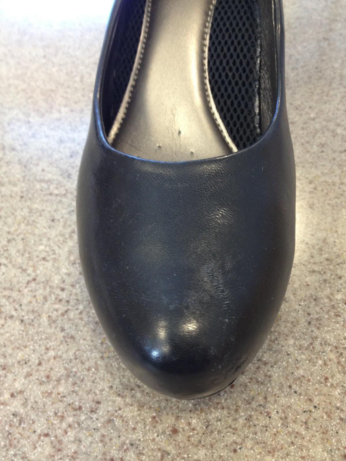 Comment faire pour supprimer cirage build up comment fait - Enlever odeur chaussure rapidement ...