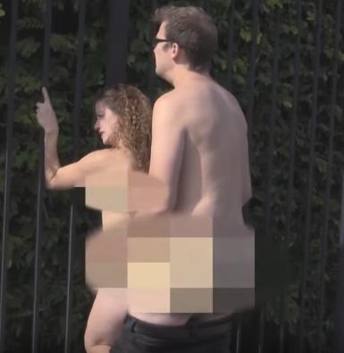 Milftoon annesini ikna edip siken oğlu çizgi porno 3