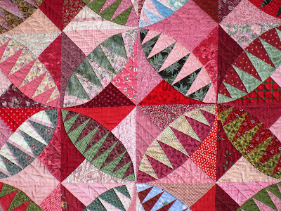 Happy Quilting: Christmas in July Blog Hop