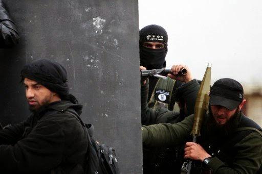 تنظيم داعش ضربة يسيطر على محافظة نينوى الواقعة في الشمال عند حدود اقليم كردستان