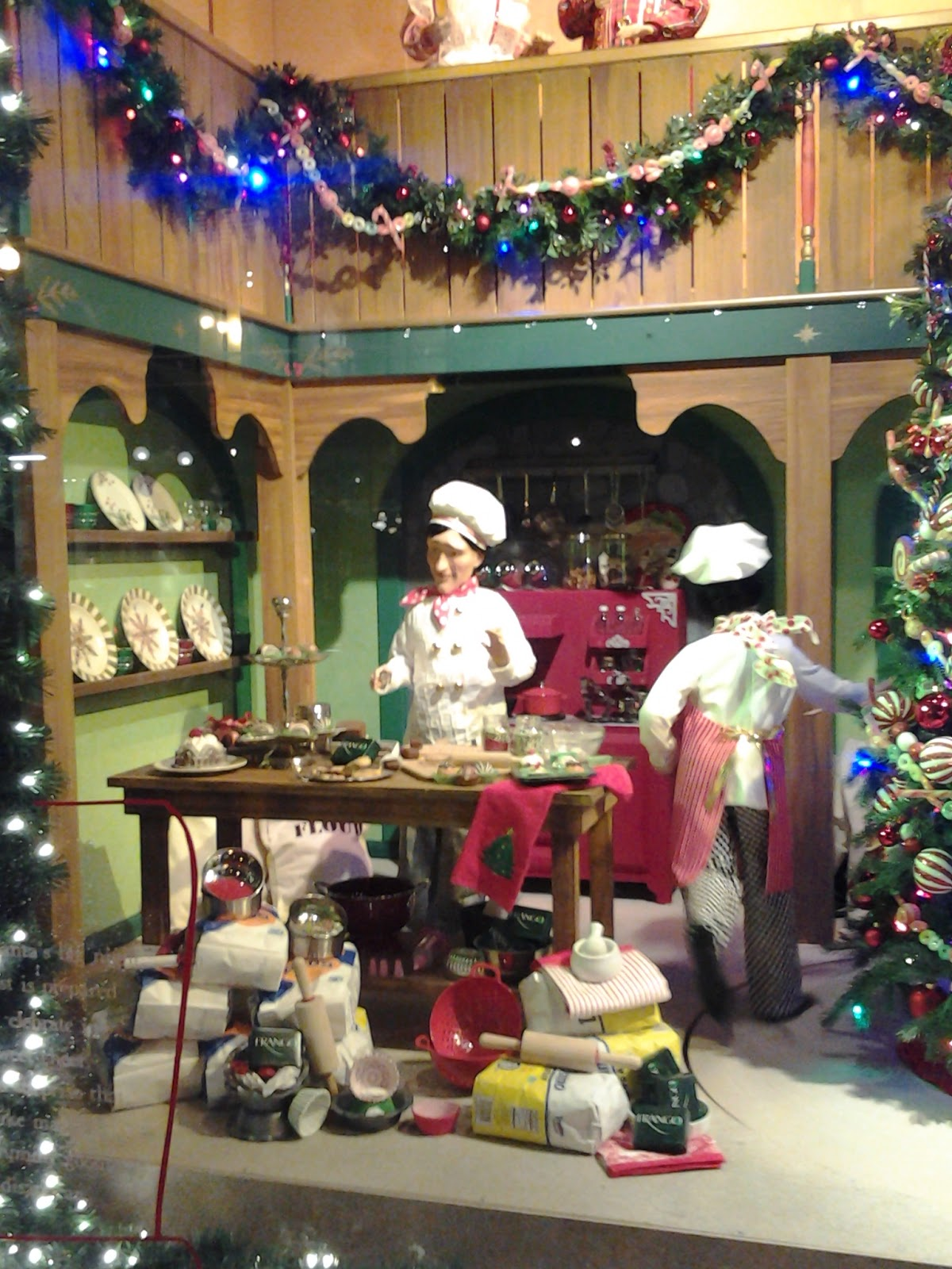 Chicago Macy's Christmas Windows 2014; The Bakers