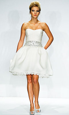 Short White Wedding Dress on Short Fabulous Wedding Dresses For The Modern Bride