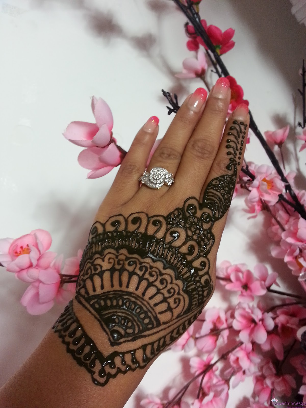 How To Do Henna Designs At Home