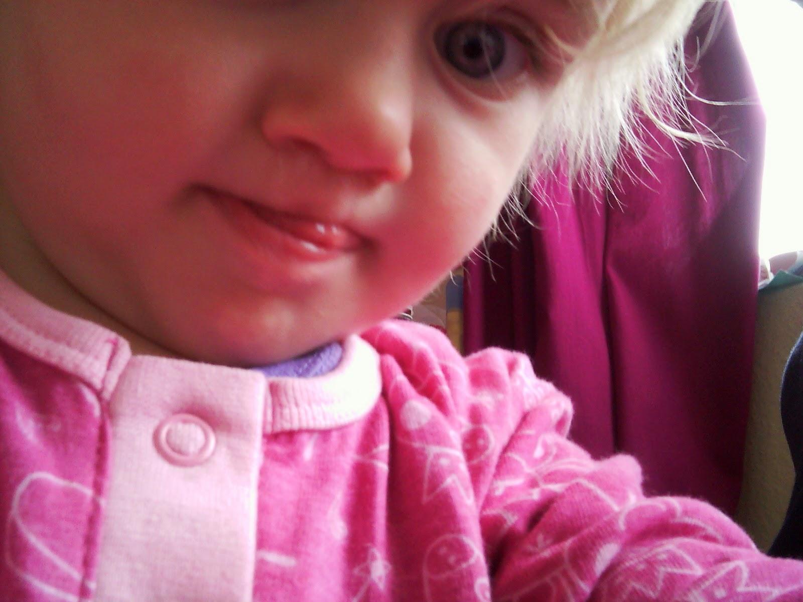 VTech Kiddizoom Twist Plus toddler takes selfie