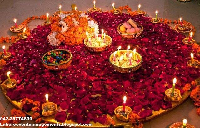 Mehndi Menu In Lahore : Decorated mehndi thali ~ lahore events