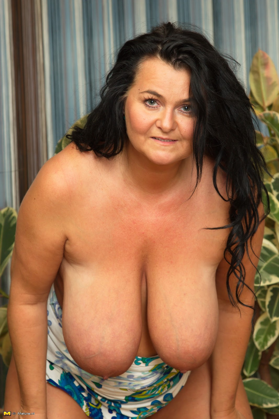 Images of Big Breasted Mature Women - Amateur Adult Gallery