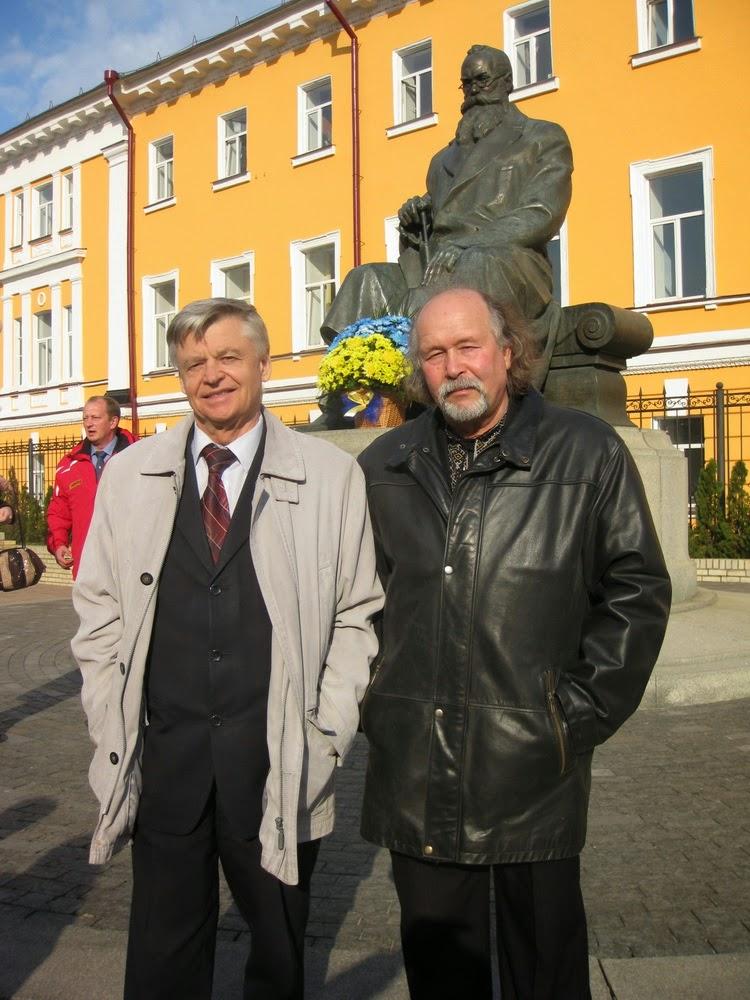 Василий Сикачина (слева) и Виталий Бабенко