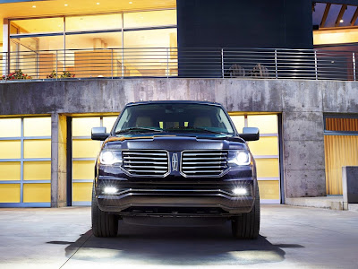 Lincoln Navigator Was Named One Of Car Book's 2015 Best Bets