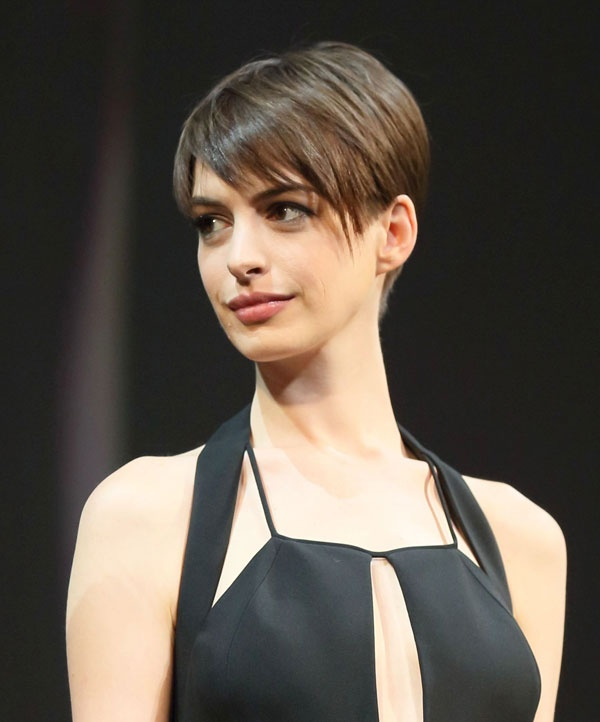 Eva Short Wigs: Anne Hathaway Short Haircuts Collection