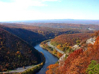 Delaware Water Gap National Recreation Area (Best Honeymoon Destinations In USA) 10