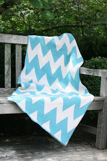 Zigzag Chevron Pattern Recycled Cotton Environmentally Friendly Throw Blanket