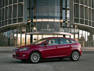 2012-Ford-Focus-10