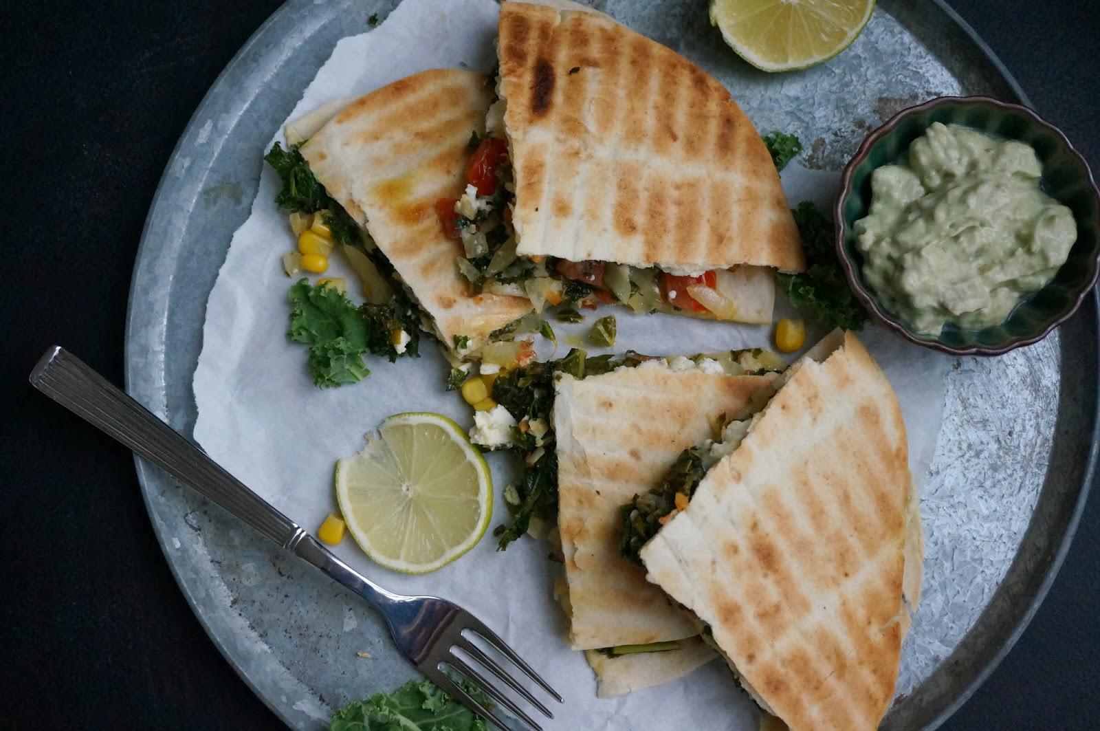 sunde quesadillas med grønkål og feta - mit livs kogebog
