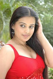 Roopa Kaur Hot Photoshoot