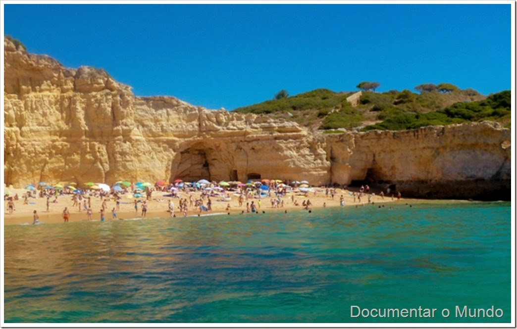 Praia do Carvalho; Praias Algarve; Férias Algarve; Grutas Marinhas; Sea Caves; Grotten Fahrt