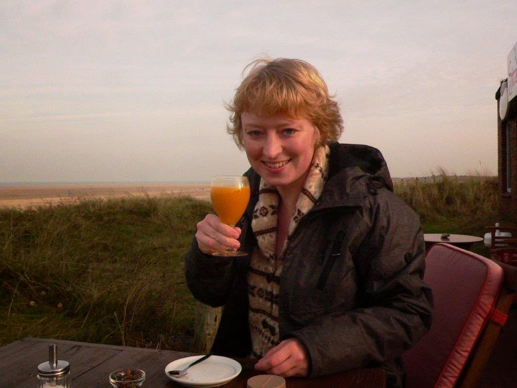 Wochenende Winter Urlaub Insel Meer Strand Sand Ausblick Pause Café Sanddorn Getränk