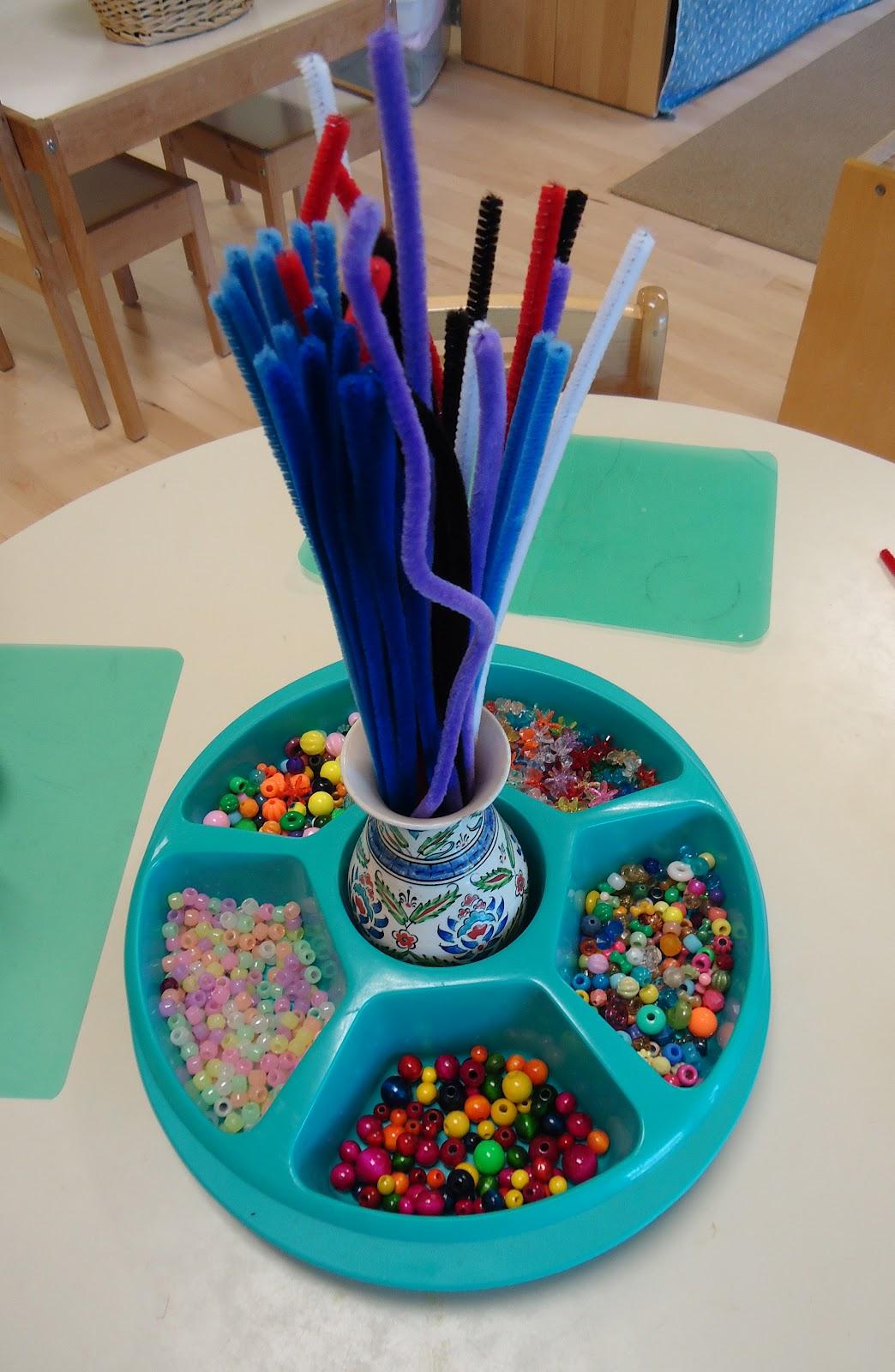 Pipe cleaner sculptures dirigo montessori school for Montessori fine motor skills