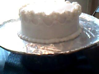 Cake Decorating Cream Cheese Frosting : Grandma Bonnie s Closet: Cake Decorating: Cream Cheese Icing