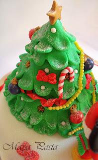 Christmas tree fondant