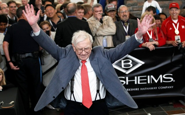 14 Billionaires Who Built Their Fortunes From Scratch - WARREN BUFFETT