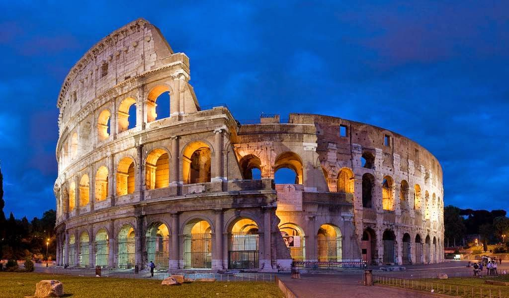The Colosseum, Rome, Italy Famous European Places, Most Famous Places in Europe