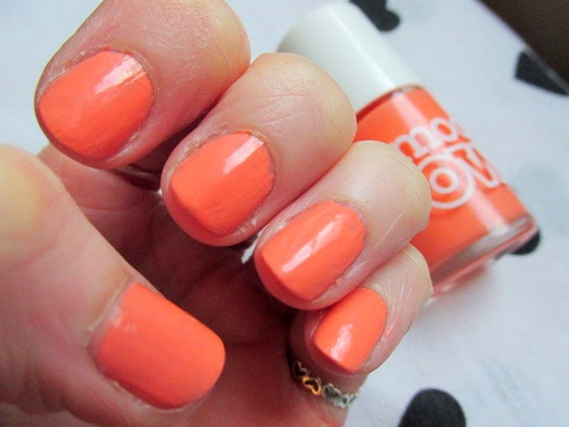 Models-Own-Peaches-and-Cream-Review