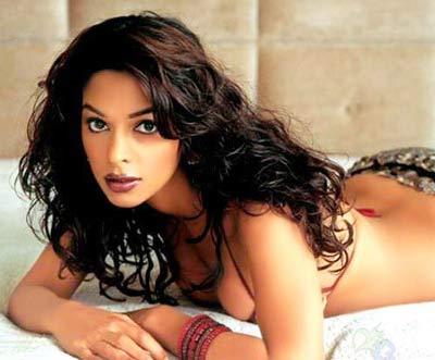 Indian Celeb Actress Mallika Sherawat