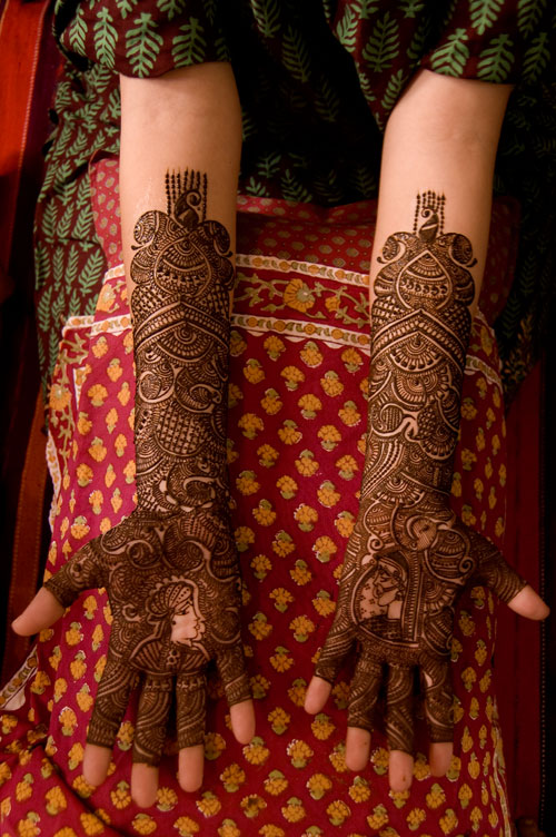 Mehndi Images For Bridal : Bridal mehndi designs for hands desings