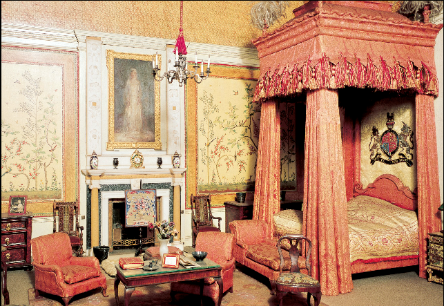noeudnoir the royal dolls house