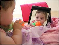 Bayi bermain cermin, Cermin anak, cermin bayi