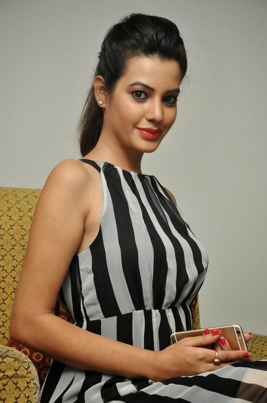 Diksha Panth At An Event Gallery