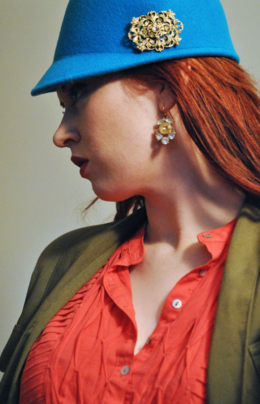 a style of your own blog, H&M hat, vintage gold brooch, J crew earrings