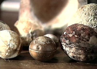 .+The+Grooved+Spheres 10 Penemuan Benda Prasejarah yang Masih Jadi Misteri Sejagat Raya